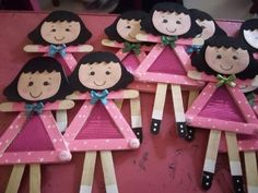 Awesome Lollipop Stick Crafts for Valentines pink doll lollipop stick craft The post Awesome Lollipop Stick Crafts for Valentines appeared first on Beautiful Daily Shares.Awesome Lollipop Stick Crafts for Valentines 14 Valentines Crafts for Kids to M Kids Crafts, Preschool Valentine Crafts, Crafts For Kids To Make, Doll Crafts, Art For Kids, Craft Projects, Valentine Activities, Kids Valentines, Valentines Jewelry