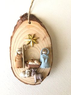 1 million+ Stunning Free Images to Use Anywhere Rustic Christmas Ornaments, Nativity Ornaments, Nativity Crafts, Christmas Nativity, Christmas Candles, Christmas Love, Christmas Crafts, Christmas Decorations, Nativity Scenes