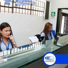 En la #ClínicaCeo te ofrecemos el servicio de #ConsultaPrioritaria donde atendemos urgencias #Oftalmológicas en horas hábiles y nocturnas. Para más información comunícate con nosotros al (574) 448 0408.