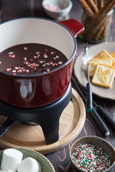 chocolate peppermint fondue from Jelly Toast