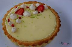 limecurd tartelettes Delicious Desserts, Yummy Food, Tasty, Food Blogs, Buffet, Lime, Pudding, Snacks, Baking
