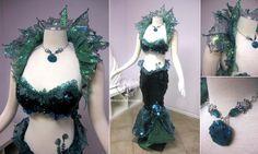 Sea Queen costume with walking tail Dark Mermaid, Mermaid Top, The Little Mermaid, Vintage Mermaid, Mermaid Tails, Sea Witch Costume, Siren Costume, Fantasy Costumes, Cosplay Costumes