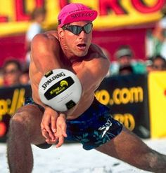Beach volleyball, yes please!     PS... Sweet hat!