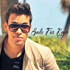 SMILE FOR PRINCE ROYCE