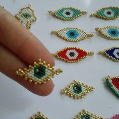 Beaded Rings, Beaded Jewelry, Beaded Bracelets, Loom Beading, Beading Patterns, Evil Eye Bracelet, Bijoux Diy, Brick Stitch, Diy Necklace