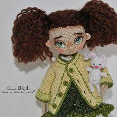 Всем доброе утро!  Больше фотографий, листайте.  Можно лучше рассмотреть детали реснички, пуговки и все такое...   Продается/For Sale    #кукларучнойработы#кукла#куклодел#dollhandmade#dolls