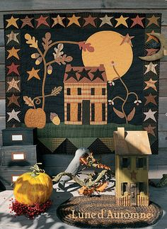 Add your own house 😊 star border. Halloween Quilts, Small Quilts, Mini Quilts, Wool Applique, Applique Quilts, Fall Sewing, Primitive Quilts, Blackbird Designs, Wool Quilts