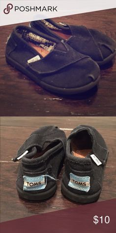 a34b34f91d21 Shop Kids  TOMS Black size Baby   Walker at a discounted price at Poshmark.  Description  Black TOMS