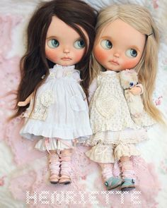 I made some new dresses for my wee florence gay and agnes grayhope you are having a lovely week darlings