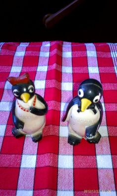 Antique Vintage salt and pepper shakers Willy and Milly F and
