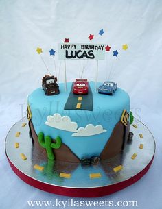 Disney Cars cake ~~~~~~~~~~~~ bolo Disney Cars by Kyllasweets, via Flickr