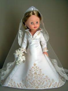 Nancy con los vestidos de la Princesa Letizia Wedding Doll, Wedding Gowns, Nancy Doll, Bride Dolls, Special Dresses, Doll Crafts, Doll Clothes Patterns, Reborn Dolls, Vintage Dolls