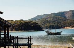Shared by jaewon______ #landscape #contratahotel (o) http://ift.tt/1Z7WJMi  #마산#해양드라마세트장#바다#배#조선시대 #boat#orienta#sea#seascape#dock#photographer#portrait#travel#nature#daily#streetphotography#canonimagestorming#6d#natgeo#nationalgeographic#igworldclub#ig_Korea #풍경#여행#일상#인물 #개인화보#인물사진 #wonShot
