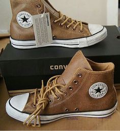 03a814b83728 New Authentic Converse All Star Chuck Taylor Vintage Leather Hi Men s 8