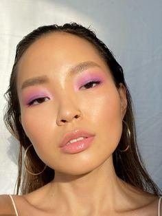Fresh Makeup, Glowy Makeup, Natural Makeup, Beauty Makeup, Hair Makeup, Peach Makeup Look, Pink Lipstick Makeup, Makeup Inspo, Cool Makeup Looks