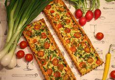 Ihanan makoisia savulohipiirakoita. Salaatin kanssa menee, vaikka lounaasta.    Pohja:  ½ prk. (125g) maitorahkaa  120g pehmeää vo...