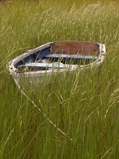 another lonely boat left stranded in a field of grass On Golden Pond, Row Row Row, Nantucket Island, Boat Art, Float Your Boat, Old Boats, Martha's Vineyard, Dinghy, Small Canvas