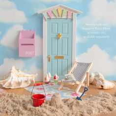 Not all Fairy Doors have to be pink! This beautiful hand finished blue Fairy Door with bunting is simply enchanting. Includes a personalised Fairy letter.