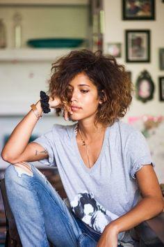 Taglio capelli ricci corto