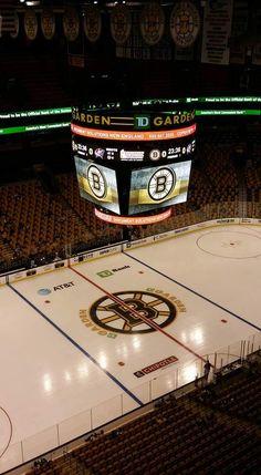 It's so pretty. Hockey Girls, Hockey Mom, Ice Hockey, Boston Bruins Hockey, Chicago Blackhawks, Boston Sports, Boston Red Sox, Boston Strong, Philadelphia Flyers