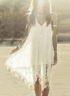 Summer Inspiration 2018 Cute Summer Dresses, Boho Summer Outfits, Stylish Summer Tops and Shorts Picture Description Crochet lace Boho chic bohemian boho style hippy hippie chic bohème vibe gypsy fashion indie folk dress Hippie Chic, Hippie Style, Boho Chic, Style Indie, Estilo Hippie, Gypsy Style, Bohemian Style, Bohemian Clothing, Bohemian Dresses
