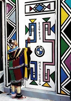 ndebele pattern & ndebele pattern ` ndebele pattern design ` ndebele pattern art ` ndebele pattern template ` ndebele pattern dress ` ndebele pattern black and white ` ndebele pattern beadwork South African Design, South African Artists, African Tribes, Afrique Art, African Interior, African Culture, Mural Art, Art Club, World Cultures