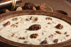 Check out our aloo kheer recipe today and enjoy it with your family and friends. This aloo kheer recipe is very easy to make. Sheer Khurma, Recipe Master, Kheer Recipe, Indian Sweets, Iftar, Recipe Today, Raisin, Yummy Food, Yummy Recipes