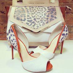 Uma dupla que cai muito bem no verão! #animalprint #jorgebischoff #lojaelfos #bag #shoes #summer15