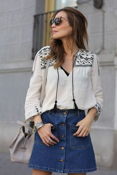 camisa-bata-bordada-étnica-saia-vintage-botões-bolsos-looks