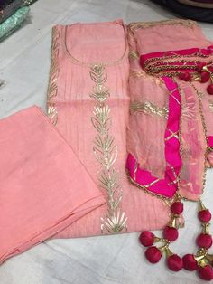 Designer Party Wear Dresses, Indian Designer Outfits, Indian Outfits, Chanderi Silk Saree, Silk Sarees, Gota Patti Saree, Punjabi Suit Boutique, Mehndi Designs For Fingers, Stylish Suit