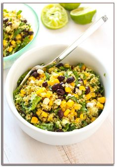 A simple, filling quinoa salad recipe with creamy black beans, sweet corn… Salad Recipes For Dinner, Quinoa Salad Recipes, Veggie Recipes, Mexican Food Recipes, Vegetarian Recipes, Cooking Recipes, Healthy Recipes, Quinoa Recipe, Lunch Recipes