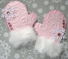 christmas mittens with fur trim