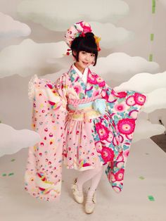 RT @Uesakasumire: 天国バージョンのお衣装! http://flip.it/Qtkt3  Furisode style! So cute!