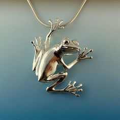 Tree Frog Pendant - SCOOTER - Sterling Silver Tree Frog Pendant - 11 Main