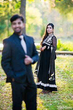 This Indian bride and groom pose for engagement photos Engagement Couple, Wedding Engagement, Engagement Photos, Bride Groom Photos, Indian Bride And Groom, Groom Poses, Engagement Photo Inspiration, Photo Tree, Engagement Photography
