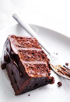 CHOCOLATE ESPRESSO LAYER CAKE WITH CHOCOLATE GANACHE