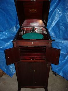Antique Furniture 4 Polished Mahogany Sides Firm In Structure Beautiful Early 20th Century Edwardian Gramophone Cabinet Cabinets