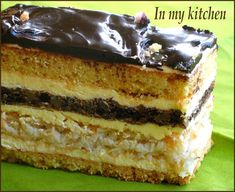 In my kitchen: Snikers Sweet Recipes, Cake Recipes, Dessert Recipes, My Favorite Food, Favorite Recipes, Romanian Desserts, Different Cakes, Polish Recipes, Sweet Cakes