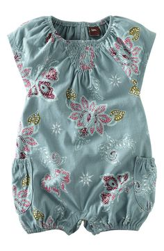 Tea Collection Flutter Sleeve Print Romper (Infant)