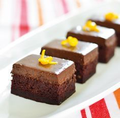 Španielky - Fantastický čokoládový zákusok s parížskym krémom s vôňou a chuťou po pomarančoch..