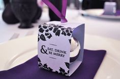 Love this favor..lets see if I add some christmas into our december wedding. Still debating