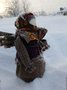 """Народные куклы ручной работы. Заказать авторская кукла """"Зимой в деревне.."""". Дара. Ярмарка Мастеров. Деревенская жизнь, зимой"""