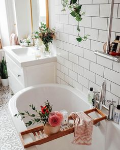 17 Best Ideas For Decorating Your Dream Bathroom Properly - Home Design - lmolnar - Best Design and Decoration You Need Decor, Home Decor Inspiration, House Inspiration, Bathroom Inspiration, Sweet Home, Bathroom Essentials, Bathroom Decor, Interior, House Interior