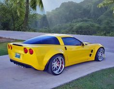 Wide body C6.. Chevy Corvette Z06, Corvette Summer, Modern Muscle Cars, American Muscle Cars, Cars Usa, Yellow Car, Amazing Cars, Sport Cars, Boats