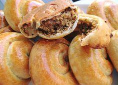 Φτιάξτε αυτά τα τέλεια τραγανά κιμαδοπιτάκια και θα ξετρελάνετε με την γεύση τους όλους όσους τα δοκιμάσουν! Bagel, Food And Drink