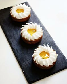Lemon tart : inspiration by Chef Cédric Grolet and supported by Chef Kevin Ketkaew.