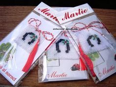 Butterfly Cross Stitch, 8 Martie, Gift Wrapping, Crochet, Opera, Handmade, Gifts, Gift Wrapping Paper, Hand Made
