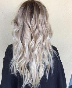 Beautiful blonde done by Habitsalon on Instagram