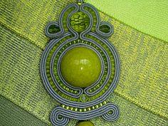Кулон в технике сутажной вышивки   Ярмарка Мастеров - ручная работа, handmade