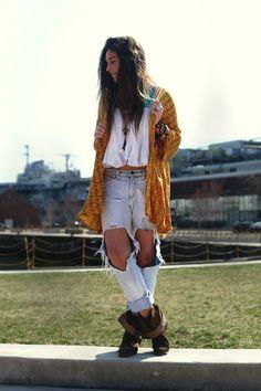 Love her kamono and jeans!